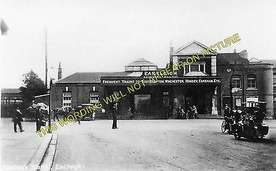 4 Southampton to Winchester and Romsey Lines. Eastleigh Railway Station Photo