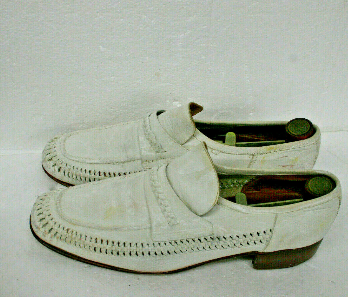 Vintage Nunn Bush 51345 white shoes  SOFE   w  wooden & metal shoe inserts sz 10