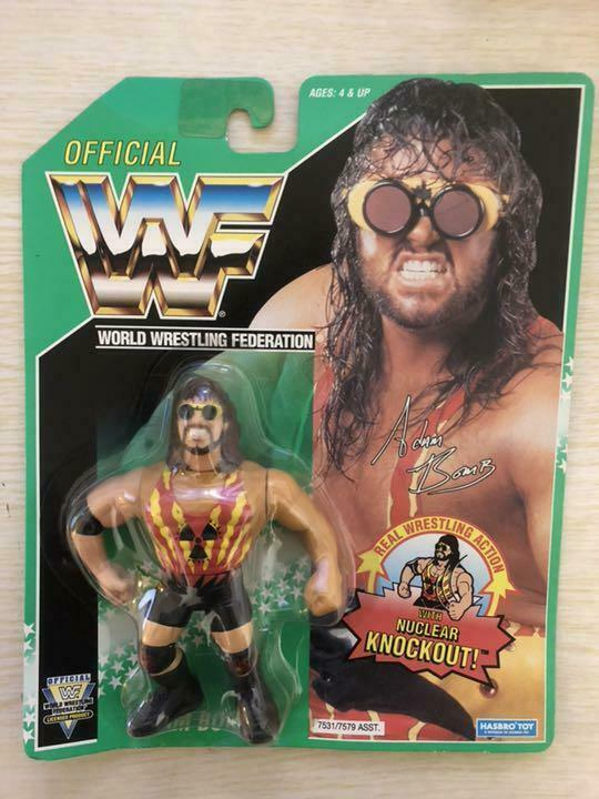1994  WWF Hasbro Adam Bombe voiturete verte vintage Wrestling action figure WWE  populaire