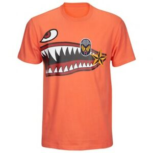 NWT Reason Brand Clothing NYC Squadron Military Shark T Shirt in Coral sz S