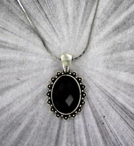 FACETED-BLACK-ONYX-GEMSTONE-PENDANT-NECKLACE-WITH-CHAIN-SILVER-PLATED-SETTING