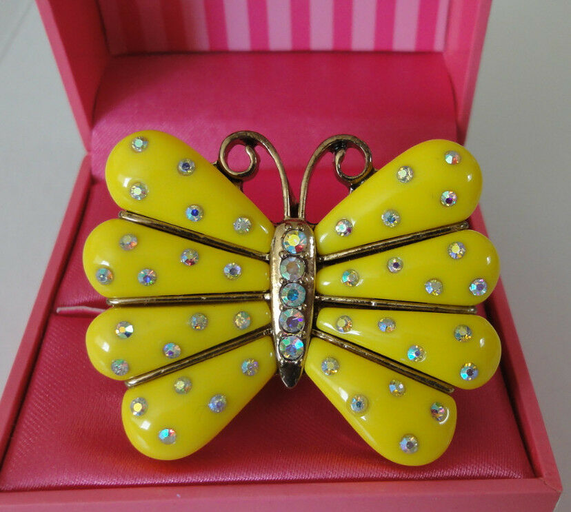 Betsey Johnson Secret Garden Yellow Butterfly Two Finger Stretch Ring NWT