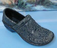 9ae92c433b04 BOC Women s Peggy Clog Shoe BC4630 Black Gray Tooled Leather Size 7  38