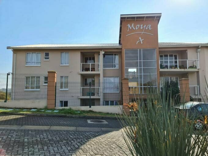 2 Bedroom with 1 Bathroom Sec Title For Sale Eastern Cape
