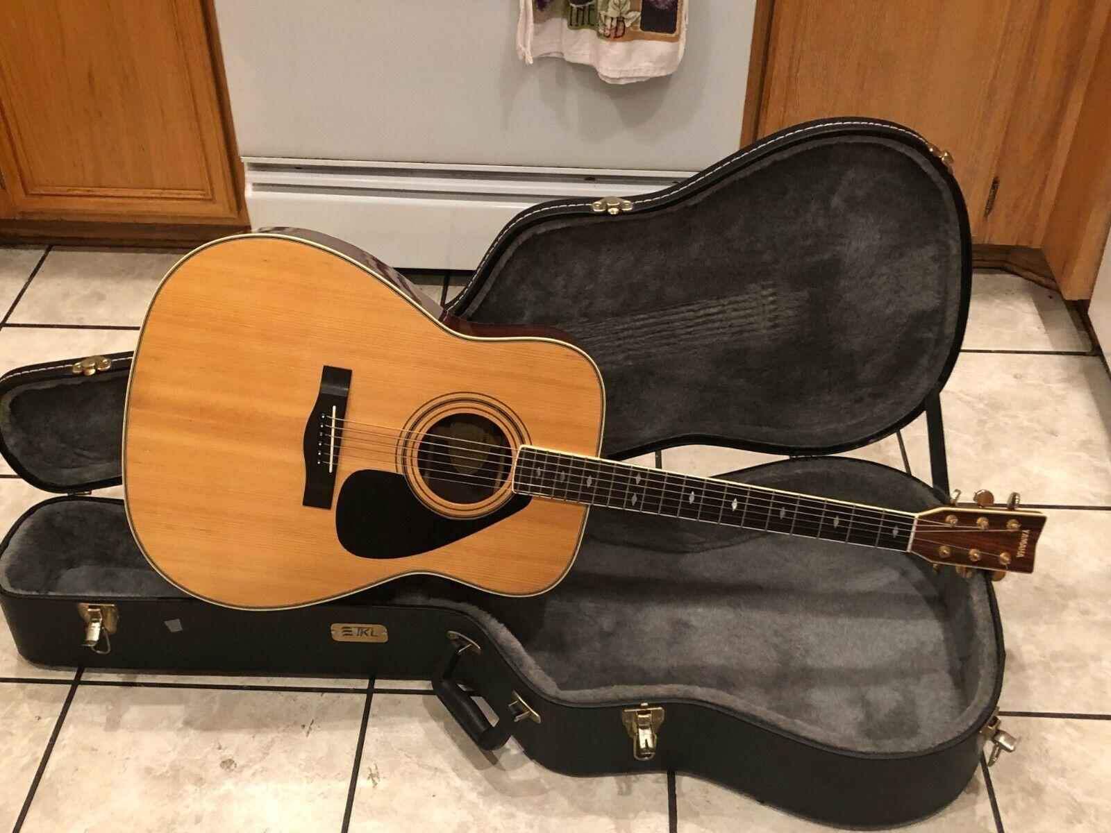 Yamaha FG375SII Acoustic Guitar w  Hard Shell Case NICE