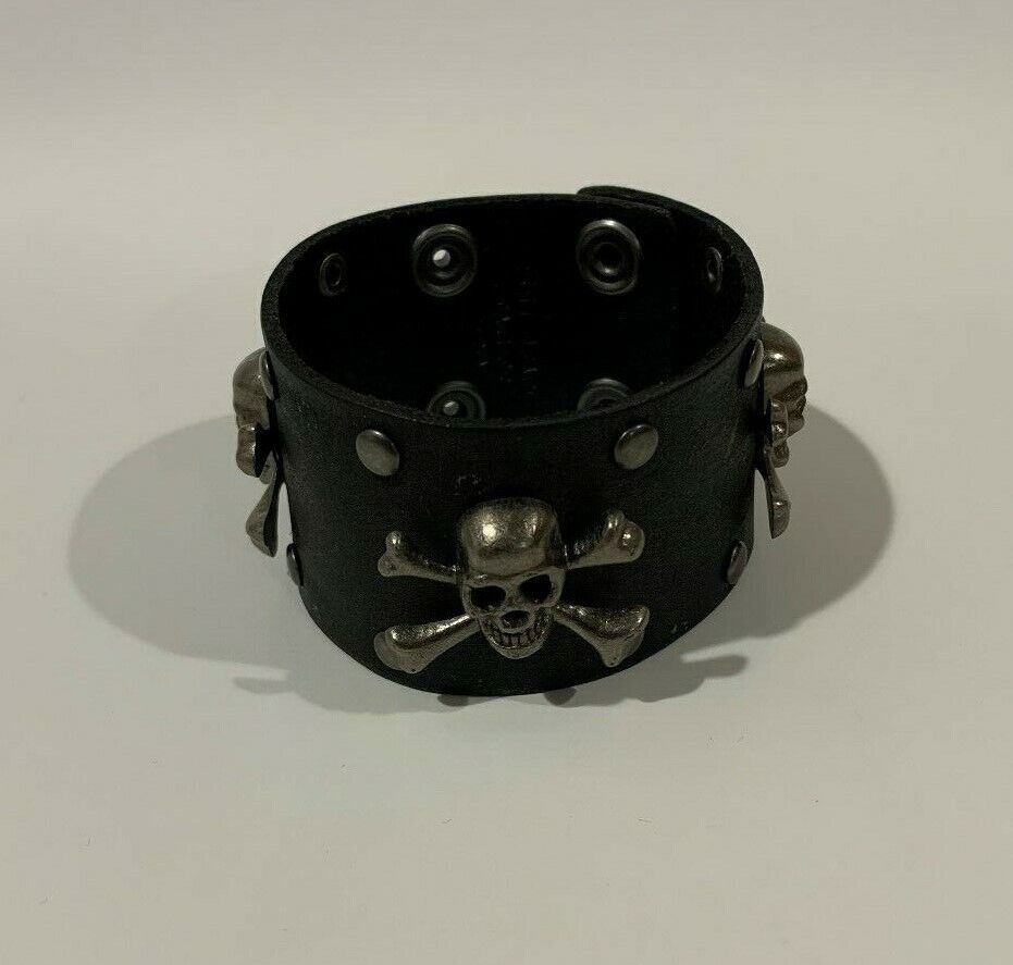 Leather Wrist Band with Skulls New Free Shipping
