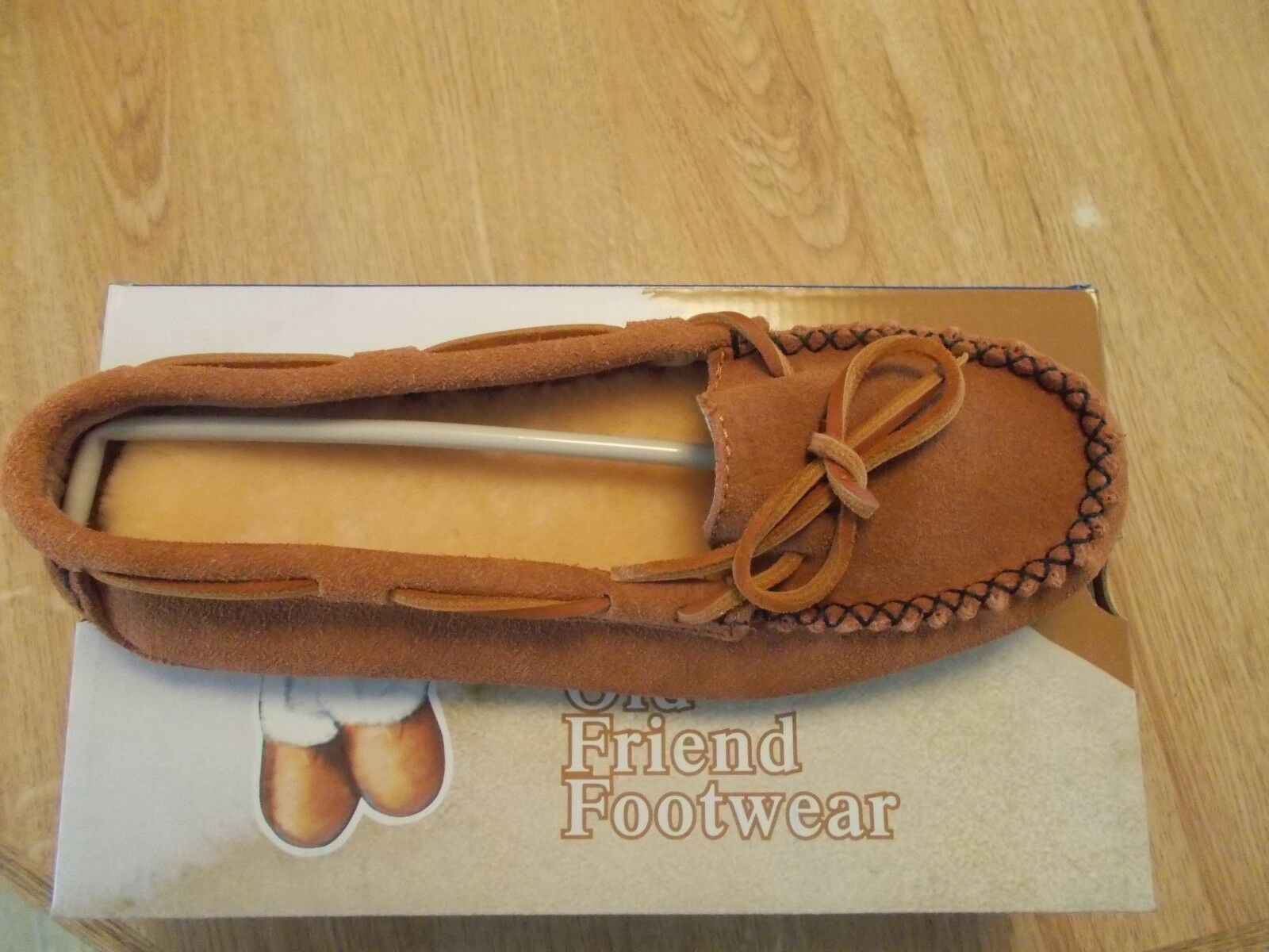 OLD FRIEND WOMEN'S JEMMA MOCCASIN STYLE SLIPPER TAN SIZES 6 TO 11  MEDIUM