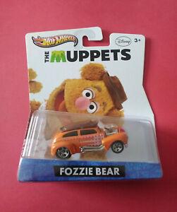 HOT-WHEELS-THE-MUPPETS-FOZZIE-BEAR-LONGUE-CARTE-2012-Y0767-R-6027