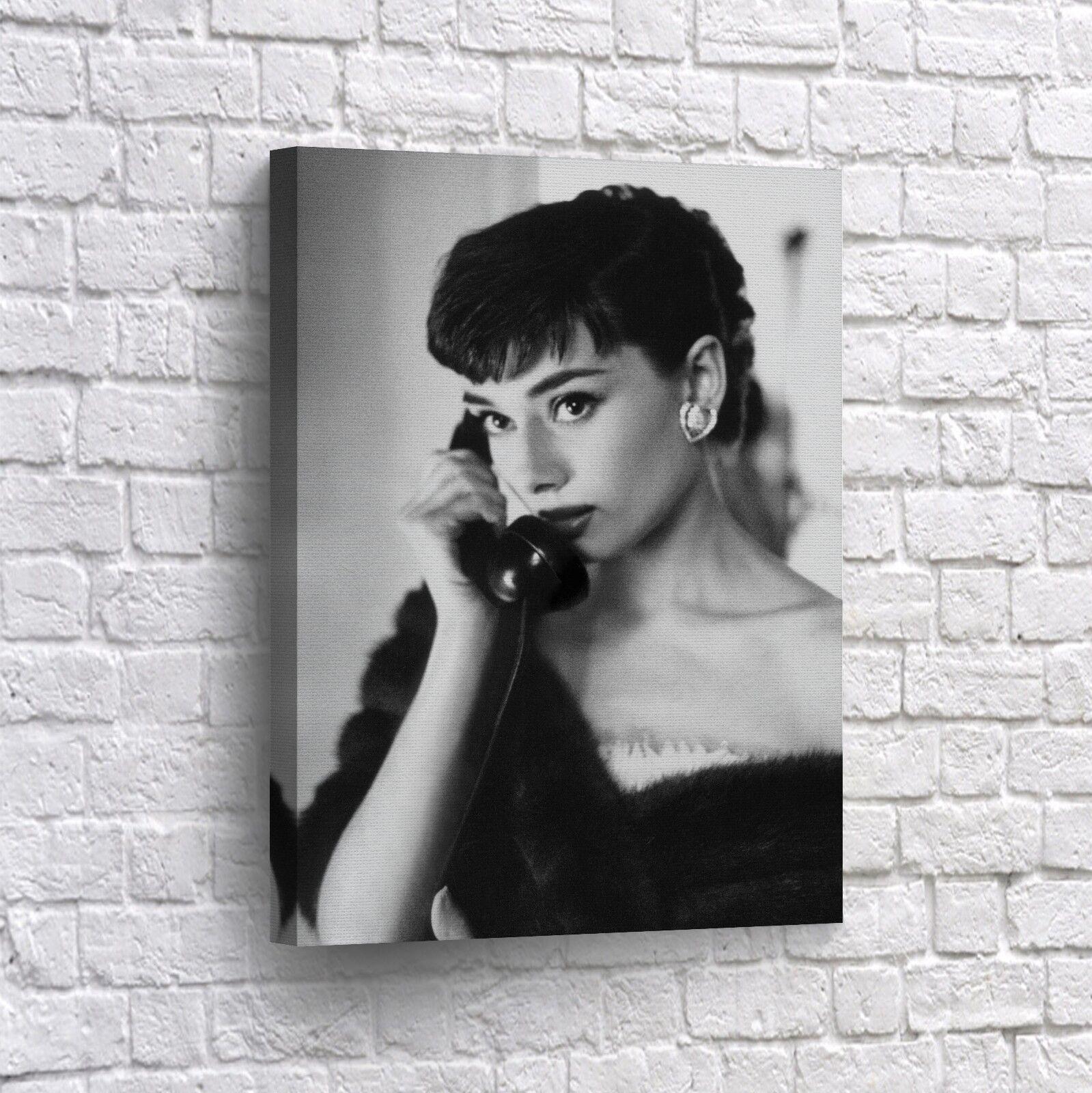Audrey Hepburn Canvas Print on the Phone Home Decor Wall Art Pop Art Canvas B4W
