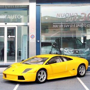 Lamborghini-Murcielago-Amarillo-1-43-scale-die-cast-Colector-modelo-DeAgostini