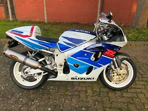 1996 - Suzuki GSXR750T 749cc Sports The 1st SRAD - HPI Clear