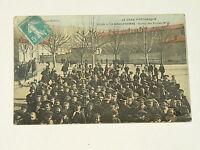 Belle Carte Postale Ancienne La Grand 'Combe Sortie des Ecoles N°1     30 Gard