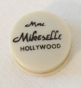 Hooray for HOLLYWOOD Mme. Mikeselle grease rouge pot for lips / cheeks !