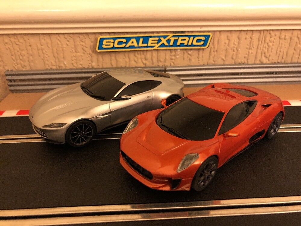 Scalextric James Bond Spectre Jaguar C-X75 & Aston Martin DB10 Mint