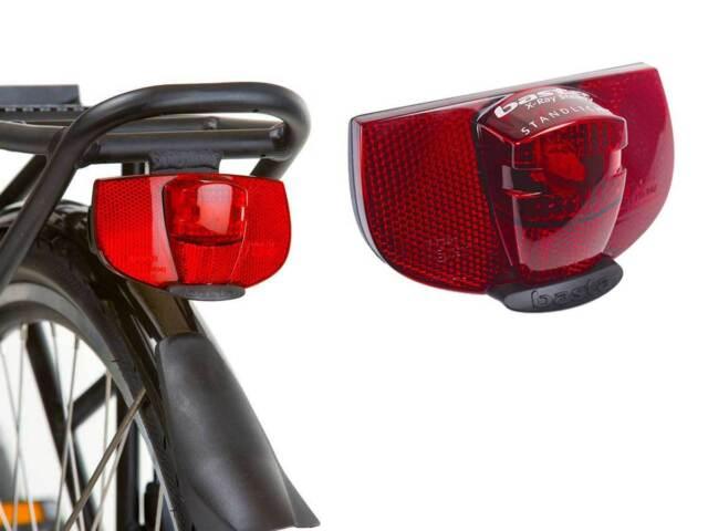 AXA Basta Ray Steady LED Gepäckträger Rücklicht mit Standlicht 80 mm 01211