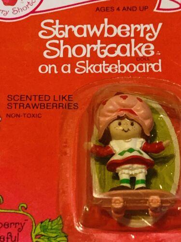 Vintage Strawberry Shortcake On A Skateboard Sealed Mint On Catd