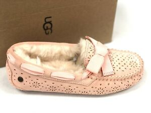 6deed0efd6c Details about Ugg Australia Women Dakota Sunshine Perf Tropical Peach  Slipper Moccasin 1019199