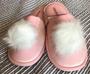 dbe24c7b788 Image is loading New-Victoria-Secret-Pom-Pom-Slippers-Pink-Large-