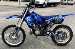 YZ125-YZ250-Graphics-kit-for-Yamaha-1996-1997-1998-1999-2000-2001-9500-Blue