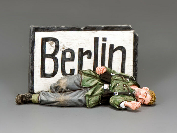 KING & COUNTRY WH072 WWII  DEATH IN BERLIN  GERMANY NEAR THE END OF WAR...  MIB