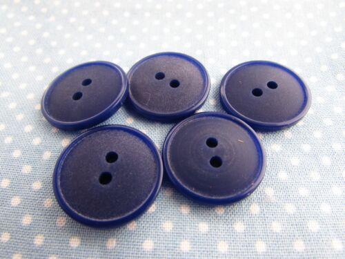 5 or 10 20mm Matt Lipped 2 Hole Buttons in Blue Packs of 2