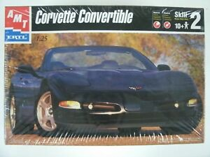 Sealed-AMT-Ertl-Corvette-Convertible-1-25-Scale-Model-Car-Kit-8329