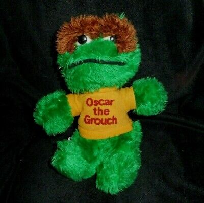 VTG 1979 Oscar the Grouch Doll Sesame Street Crochet Kit Vogart Craft NEW NOS