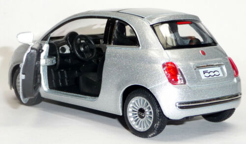 1:28 Neuware von KINSMART 2007 FIAT 500 silber Sammlermodell ca 12,5 cm