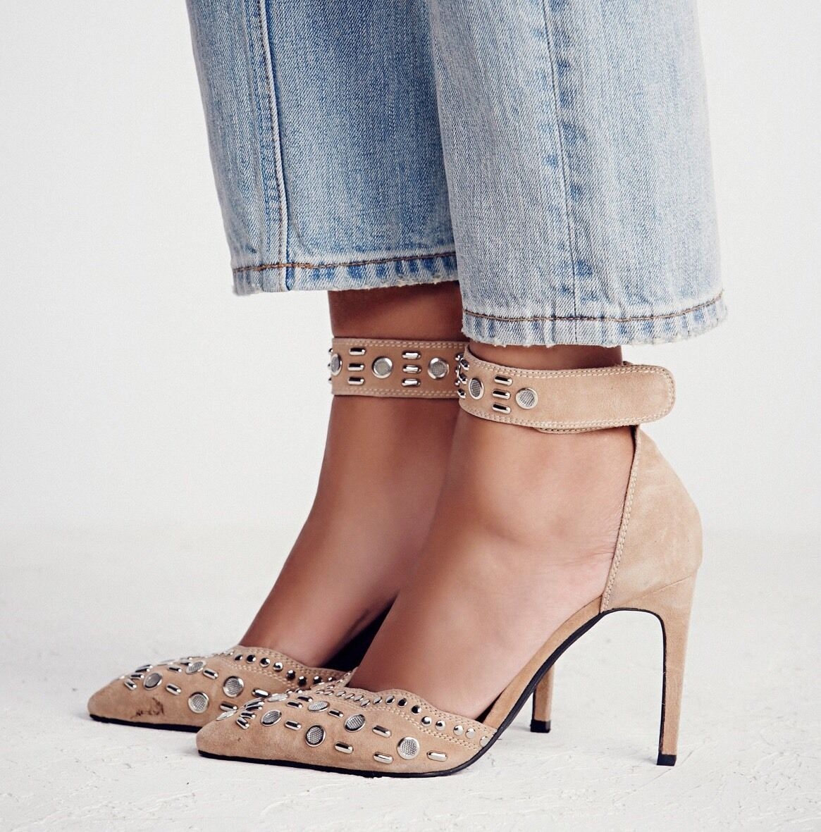 Free People Party Favor Studded Heel Taille 10 Narrow Narrow Narrow NWB 0bb54f