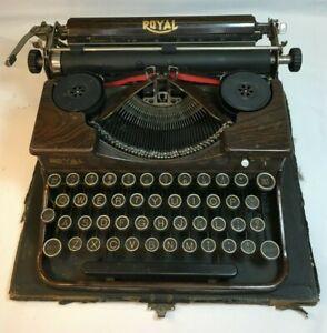 Antique 1927/28 Royal P Portable Typewriter w Wood Grain Finish