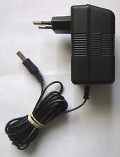 NETZTEIL Model YT-41008EU AC Adapter 9VDC Spannungswandler Ladegerät Ladekabel