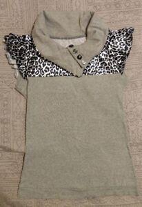 Women-039-s-Short-Sleeve-Collared-Top-Black-White-Gray-Snow-Leopard-Print-Medium