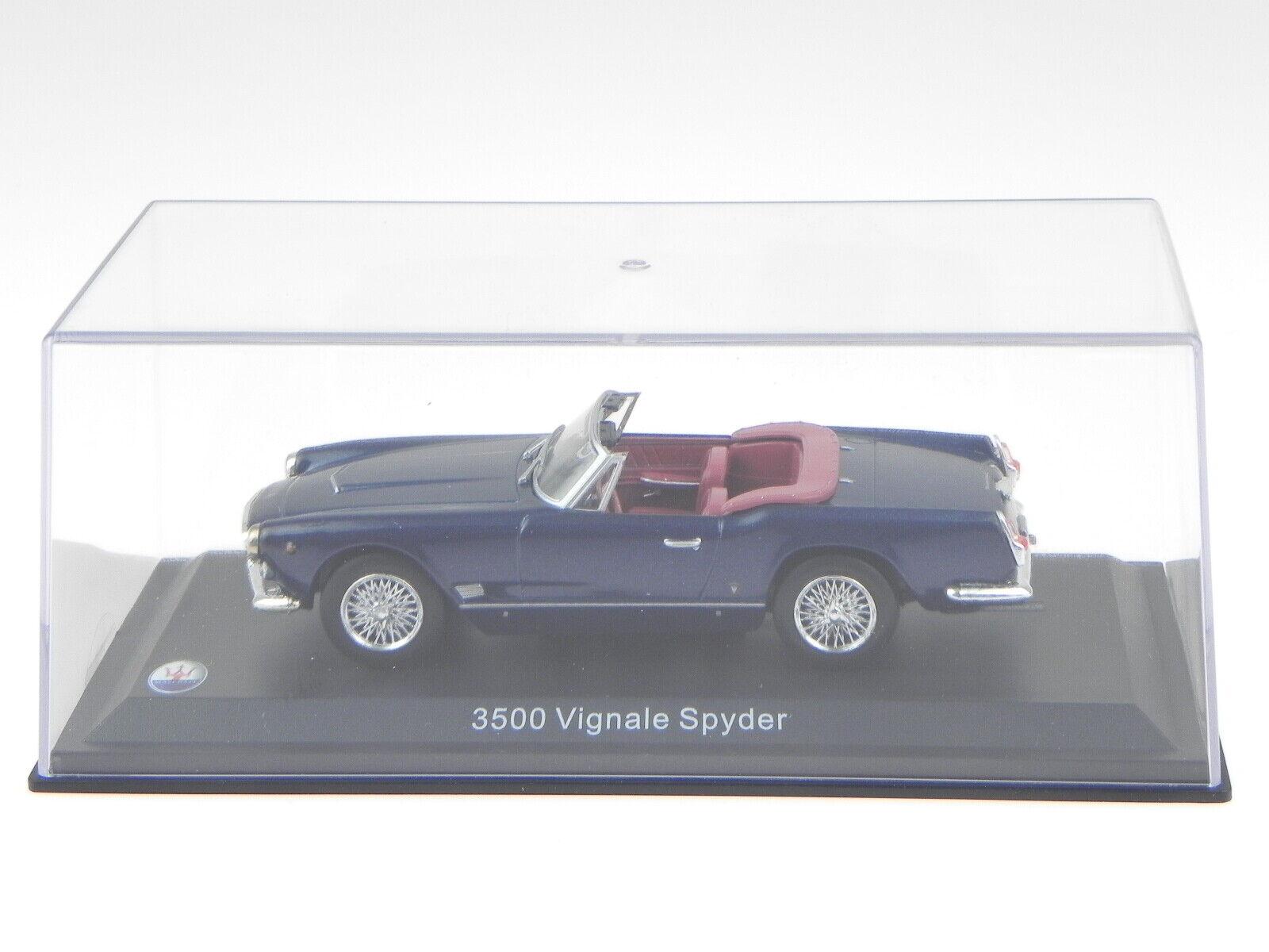 Maserati 3500 3500 3500 Vignale Spyder 1960 bluee diecast modelcar in showcase 1 43 9ec137