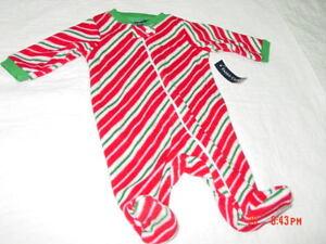 a267a4ef9 NWT Infant Boy or Girl Sleep and Play Faded Glory Fleece Xmas ...