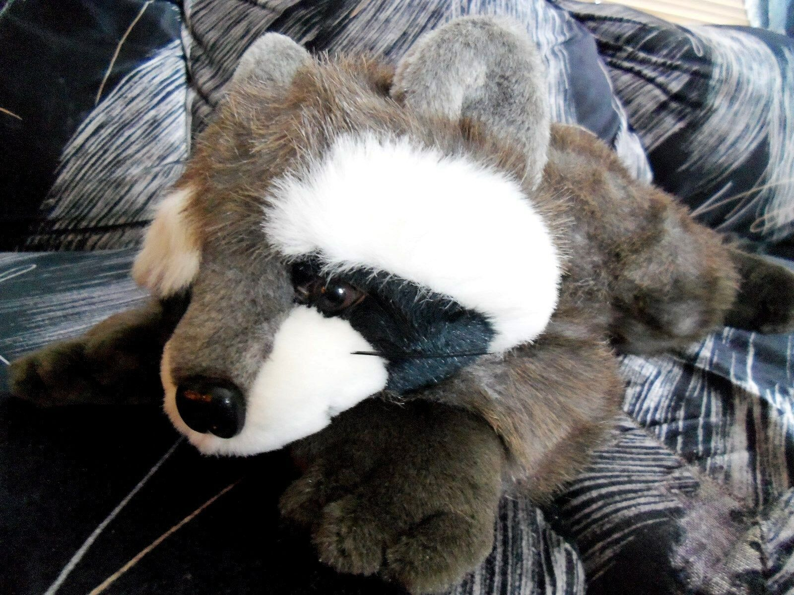 Vintage 1988 MJC plush stuffed Raccoon 16