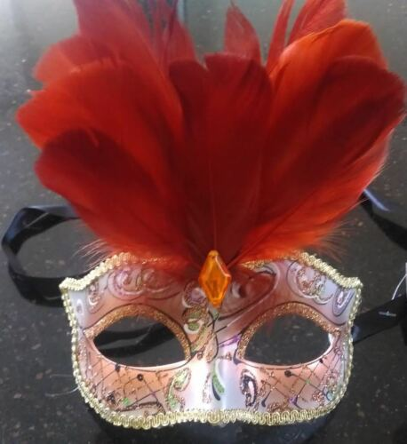 New With Tags Womens Ladies Deluxe Masquerade Ball Mask Glitter Feather Stunning