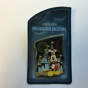WDW-Passholder-Exclusive-Magic-Kingdom-2007-Mickey-Mouse-Disney-Pin-54462