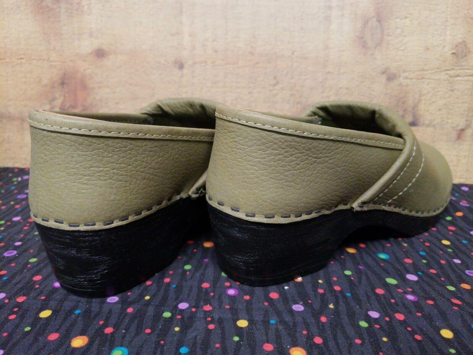 ANNA Leather Leather Leather Clog Olive Donna  Dimensione 40, US 9,  New w Box Display scarpe babfa6