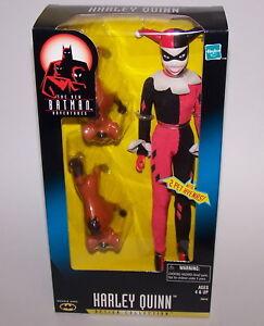 La nouvelle poupée d'action Harley Quinn de Batman Adventures avec deux animaux domestiques Hyenas Nib 76930260104