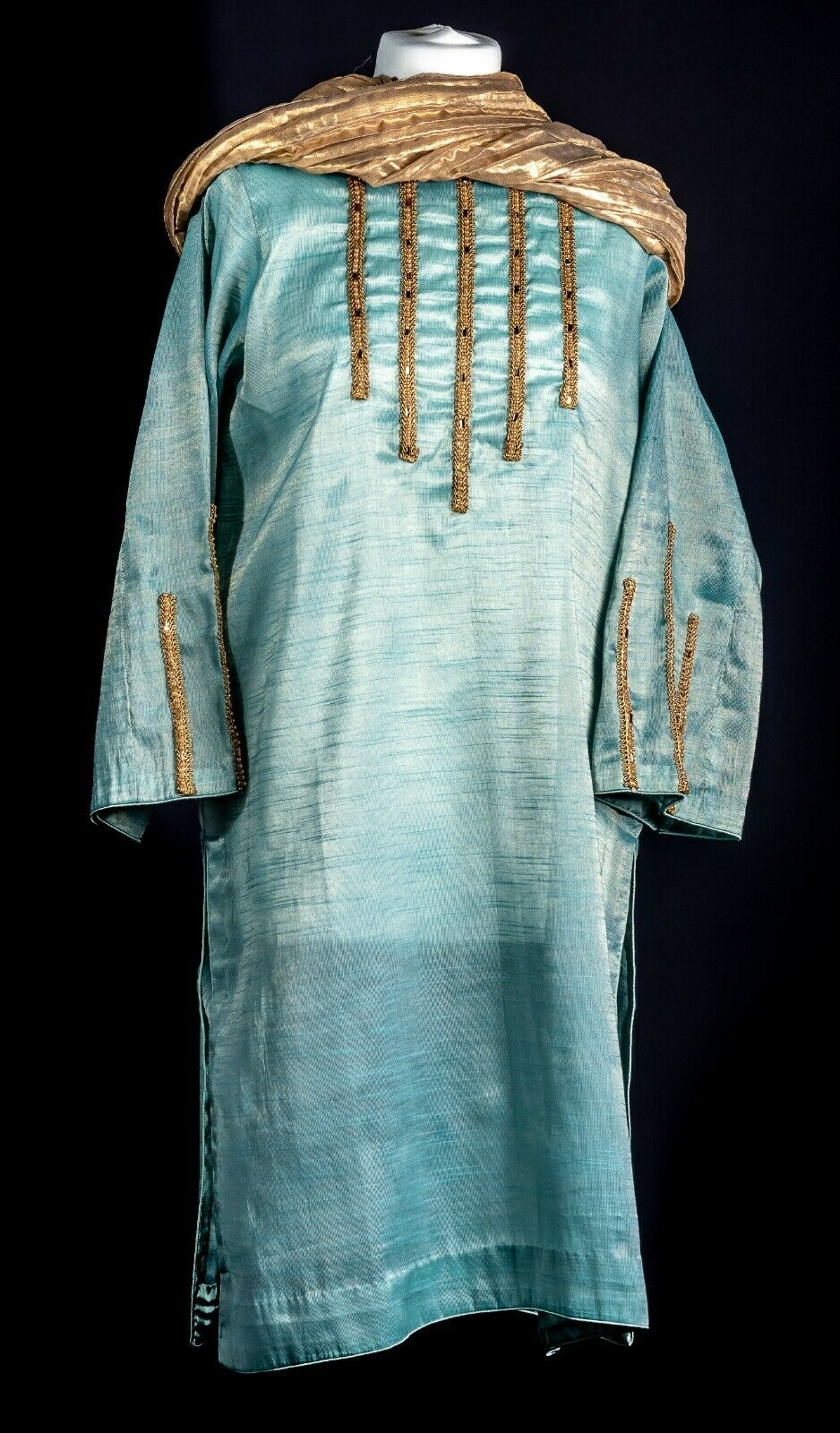 *New* Traditional Pakistani Clothes based in London. RC06