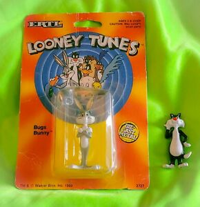 1989 Warner Brothers Bugs Bunny/Sylvester Looney Tunes Ertl Diecast Collectible