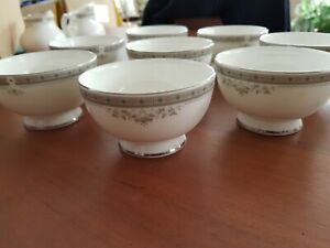 Royal-Doulton-York-Small-Desert-Bowls