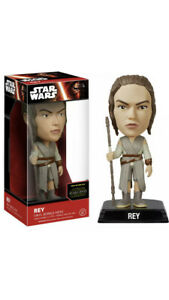 Star-Wars-Episode-7-Rey-Wacky-Wobbler-Bobble-Head-Disney-Funko