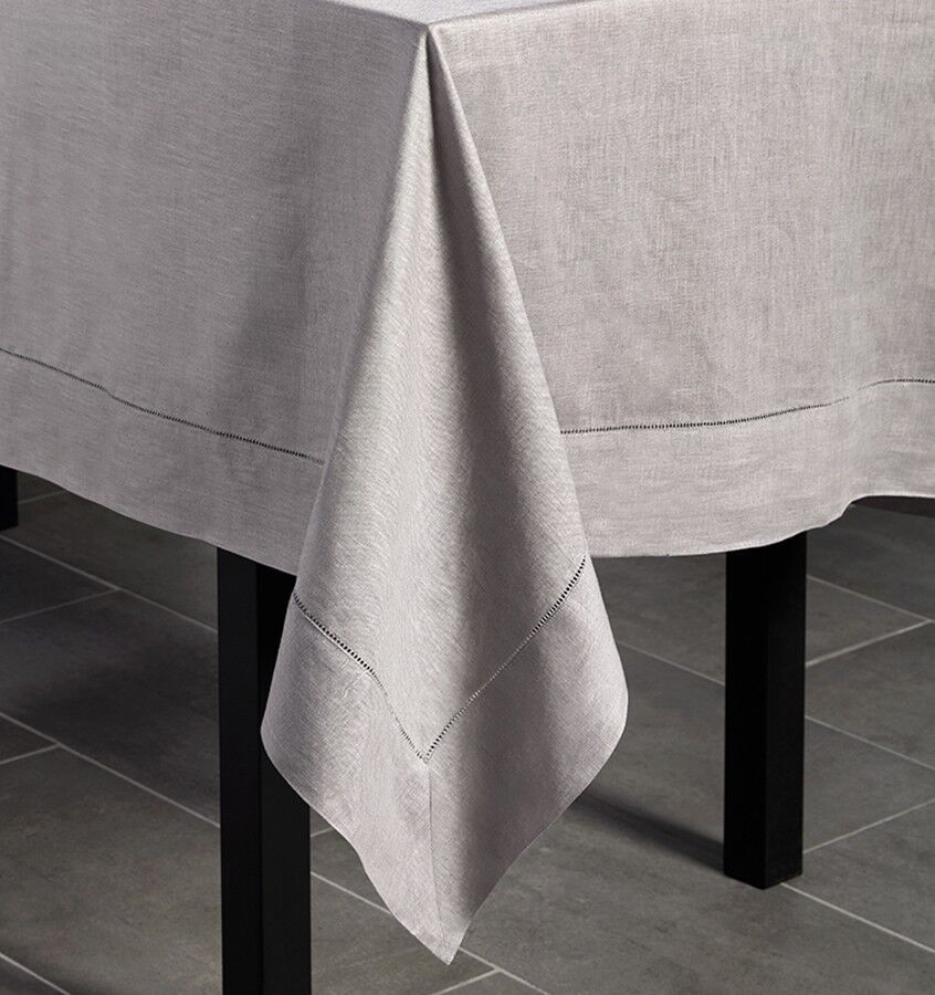 SFERRA Festival 66x106  Tablecloth - Butter