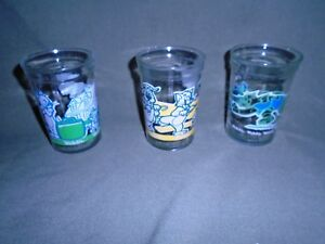 Tom and Jerry Welch/'s Glass Jelly Jar Football 1991 Green and Blue