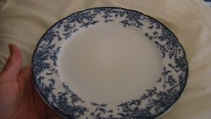 "Decorative Arts Cheap Price Vintage Tyne Porcelaine Opaque Blue And White Plate 9-3/4"" Antiques"
