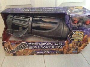 Terminator Salvation Deluxe T-600 Power Fist Tout Neuf Dans Boîte