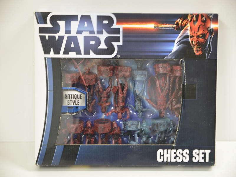 2 ) Star Wars 3D Schach Set Schachspiel 2012 Lucasfilm Brettspiel Antique Style