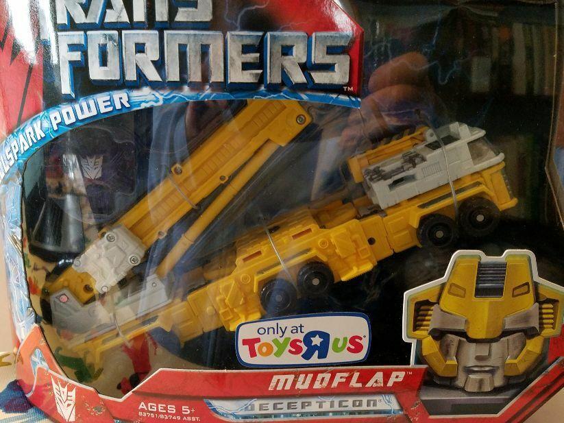 Transformers 2008 Toys R Us Exclusive Allspark Power Decepticon Mudflap RARE