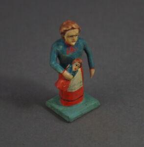 Grulicher-Krippenfigur-Maedchen-mit-Puppe-gt-7-cm-lt-11857